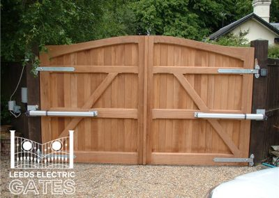 electric gates by Leeds Electric Gates